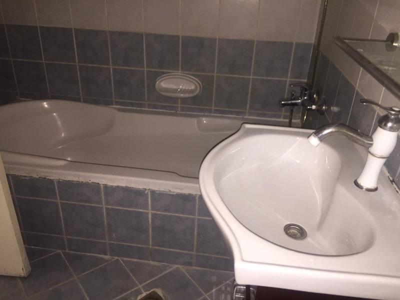 blue tiled bathroom