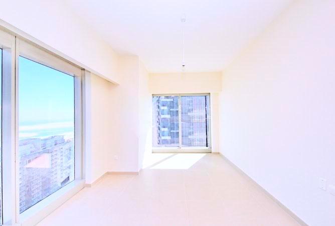 empty high room