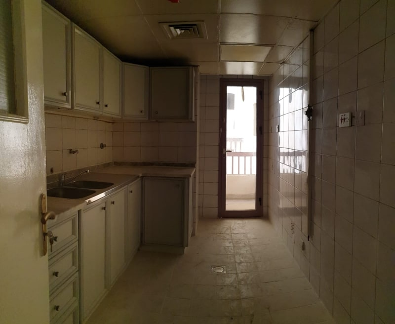 thin door of mbz kitchen